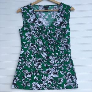 Ann Taylor green floral sleeveless stretch top